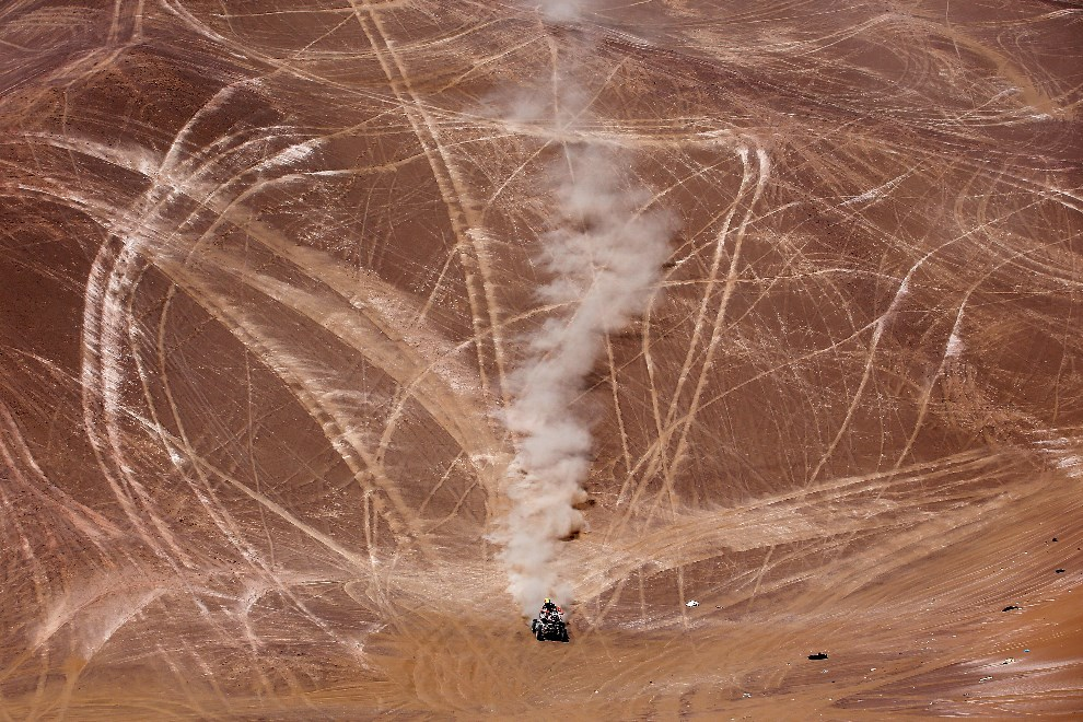 19.CHILE, Iquiqe, 14 stycznia 2014: Walter Nosiglia na trasie 9 etapu rajdu. (Foto: Dean Mouhtaropoulos/Getty Images)