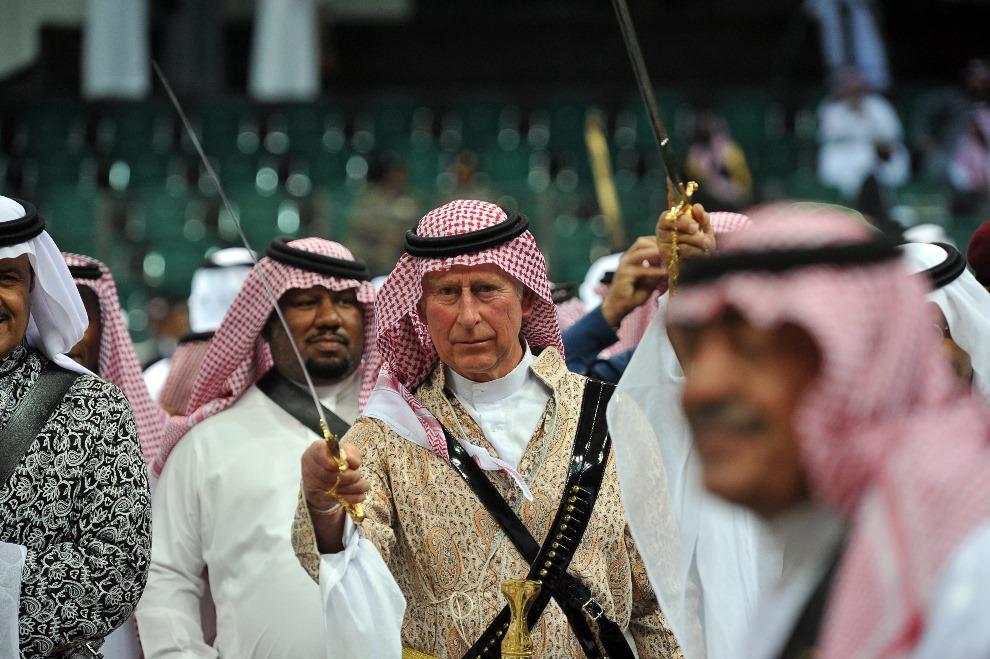 13. ARABIA SAUDYJSKA, Rijad, 18 lutego 2014: Książę Karol w trakcie wizyty w Arabii Saudyjskiej. AFP PHOTO/POOL/FAYEZ NURELDINE