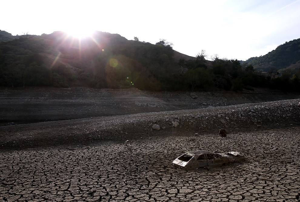 15. USA, San Jose, 28 stycznia 2014: Wysuszone dno zbiornika Almaden. (Foto: Justin Sullivan/Getty Images)