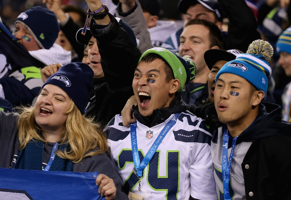 15.USA, East Rutherford, 2 lutego 2014: Kibice Seattle Seahawks na stadionie w East Rutherford. (Foto: Christian Petersen/Getty Images)
