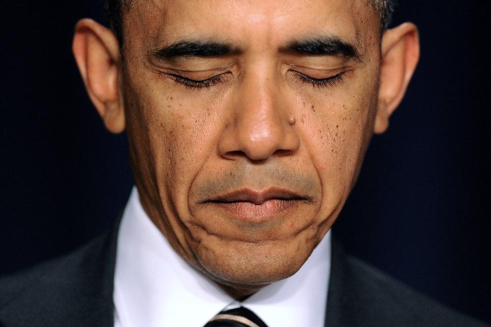 2. USA, Waszyngton, 6 lutego 2014: Barack Obama uczestniczący w porannej modlitwie. AFP PHOTO/Jewel Samad