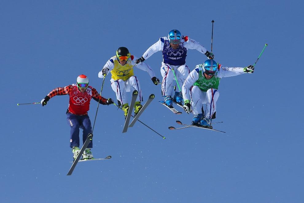 6.ROSJA, Krasna Polana, 20 lutego 2014: Od prawej, do lewej jadą: JF Chapuis, Arnaud Bovolenta, Jonathan Midol oraz Brady Leman. (Foto: Julian Finney/Getty Images)