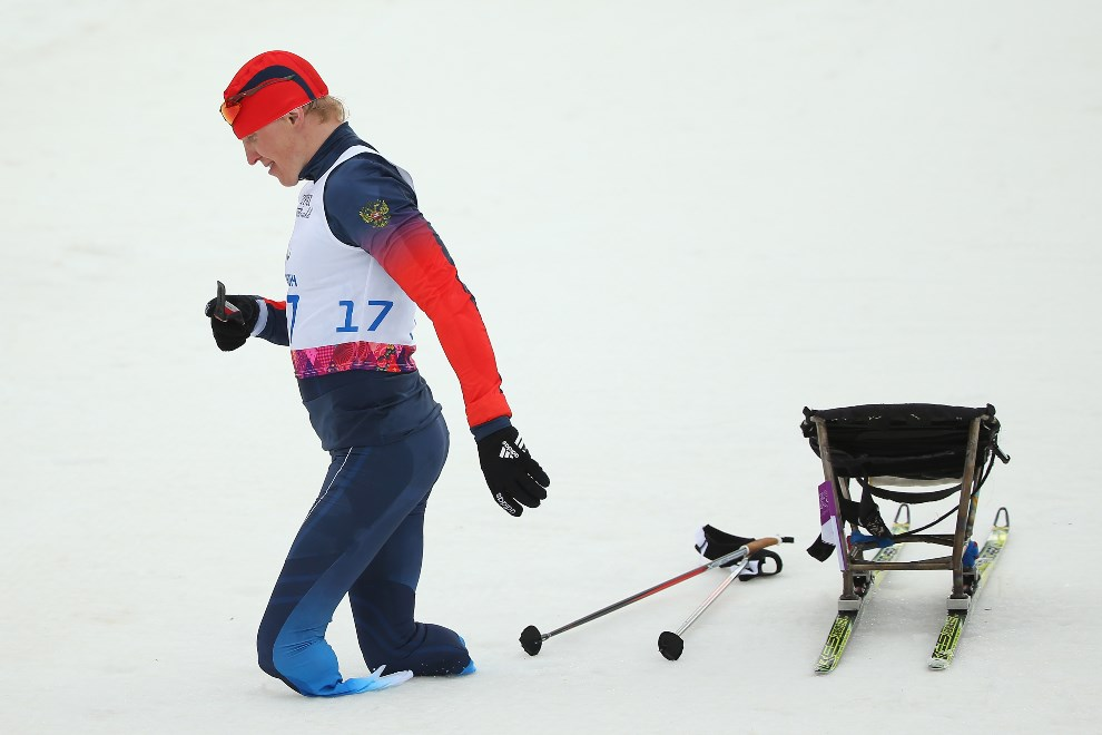 16.ROSJA, Soczi, 9 marca 2014: Rosjanin Aleksandr Davidovicz na mecie biegu na dystansie 15 km. (Foto: Mark Kolbe/Getty Images)