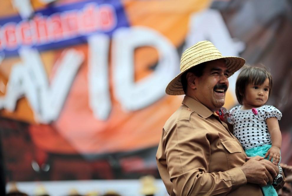 2.WENEZUELA, Caracas, 26 lutego 2014: Nicolas Maduro podczas wiecu w Caracas. AFP PHOTO / PRESIDENCIA