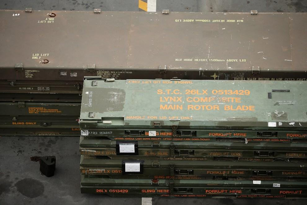 14.WIELKA BRYTANIA, Londyn, 10 maja 2013: Łopaty wirników składowane w skrzyniach. (Foto: Dan Kitwood/Getty Images)