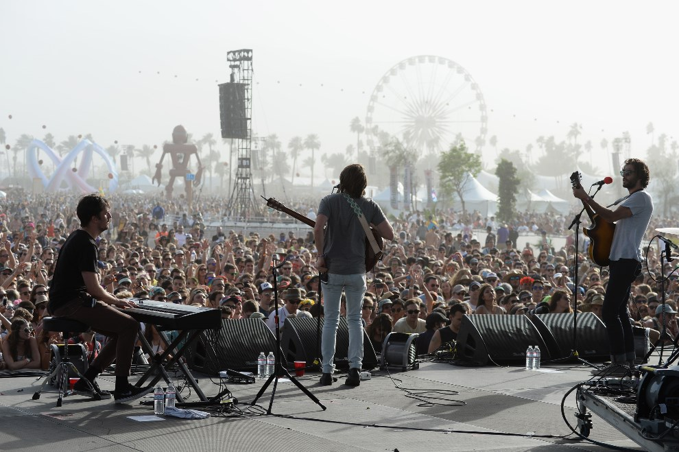 17.USA, Indio, 12 kwietnia 2014: Występ zespołu The Head and the Heart. (Foto: Frazer Harrison/Getty Images for Coachella)