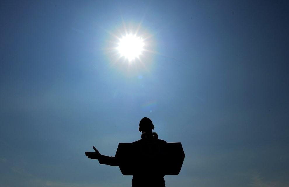 12.USA, Tarrytown, 14 maja 2014: Barack Obama podczas wystąpienia w Tarrytown. AFP PHOTO/Jewel Samad