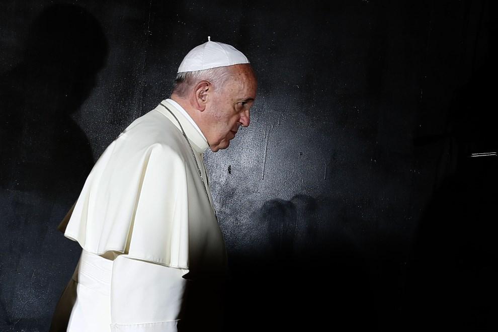 16.IZRAEL, Jerozolima, 26 maja 2014: Franciszek w Instytucie Jad Waszem.. AFP PHOTO/ GALI TIBBON