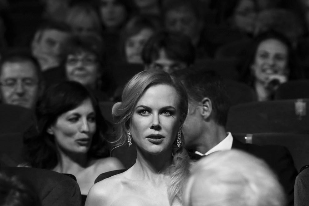 """4.FRANCJA, Cannes, 14 maja 2014: Nicole Kidman podczas ceremonii otwarcia i premiery filmu """"Grace of Monaco"""". AFP PHOTO / VALERY HACHE"""