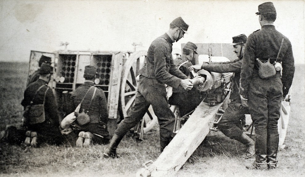 11.FRANCJA, 1914: Francuska artyleria (działo 75 mm). AFP PHOTO