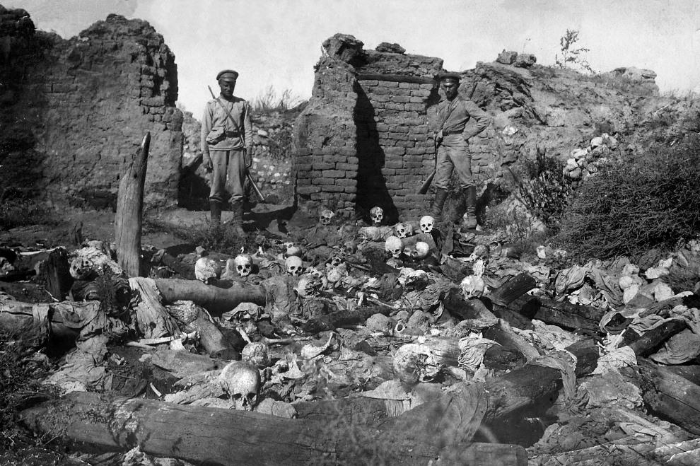 16.TURCJA, 1915: Szczątki Ormian, ofiar ludobójstwa w Imperium Osmańskim. AFP
