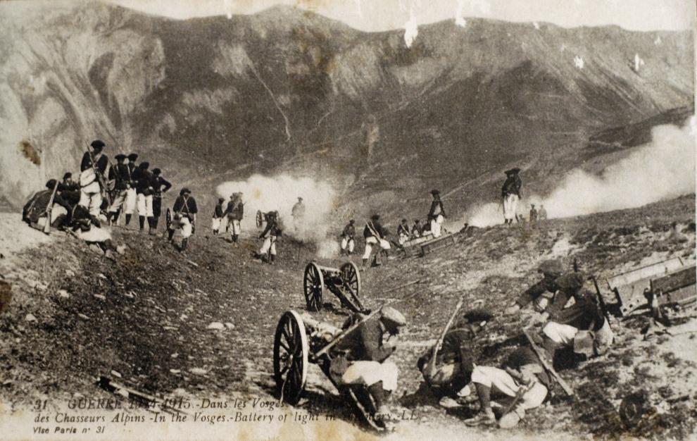 21.FRANCJA: Francuscy żołnierze piechoty górskiej podczas bitwy w Wogezach. AFP PHOTO