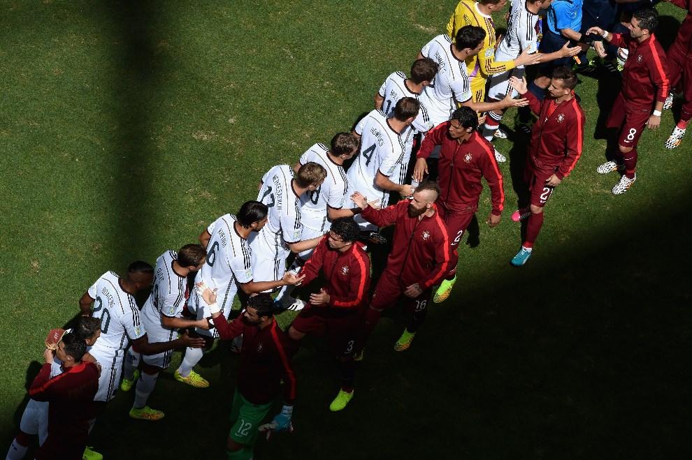 21.BRAZYLIA, Salvador, 16 czerwca 2014: Rozpoczęcie meczu pomiędzy zespołami Niemiec i Portugalii. (Foto: Francois Xavier Marit - Pool/Getty Images)