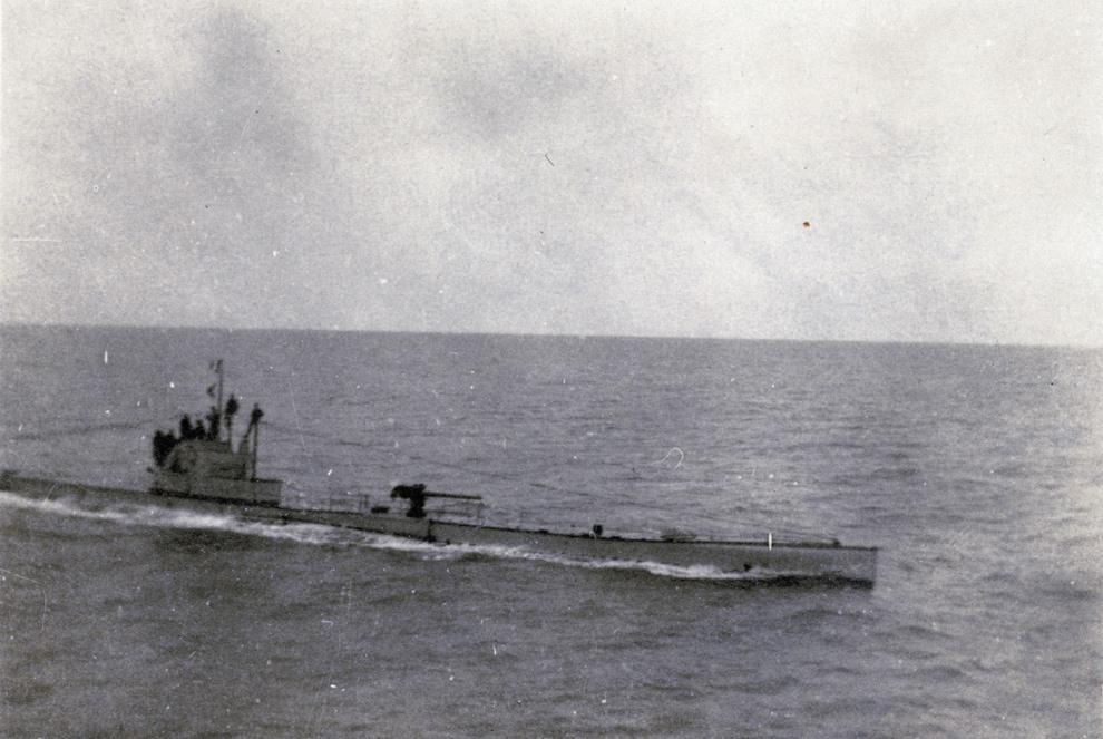 11.FRANCJA: U-bot na otwartym morzu. AFP PHOTO
