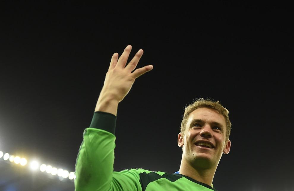 23.BRAZYLIA, Rio de Janeiro, 13 lipca 2014: Manuel Neuer cieszy się z czwartego dla reprezentacji tytułu mistrza świata. AFP PHOTO / FABRICE COFFRINI