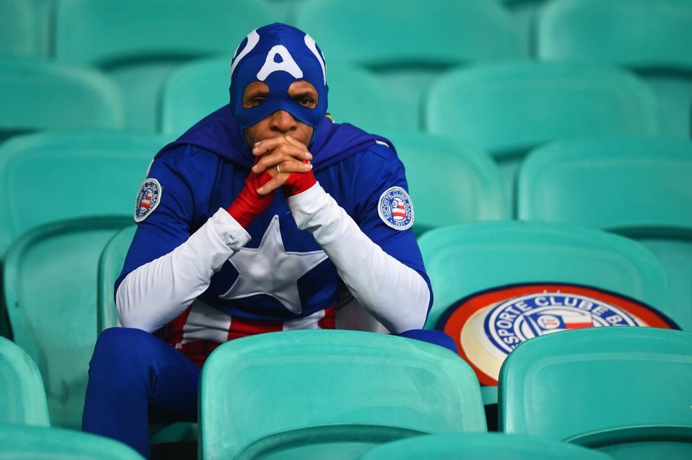 34.BRAZYLIA, Salvador, 1 lipca 2014: Amerykański kibic po przegranym przez USA meczu z Belgią. (Foto: Laurence Griffiths/Getty Images)