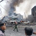 Samolot spadł na osiedle mieszkaniowe